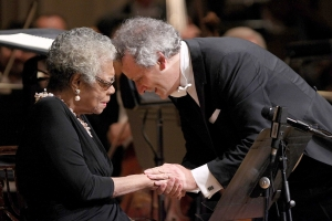 Louis Langrée and Maya Angelou in one of her final public appearances