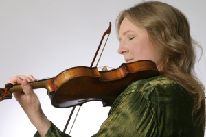 Baroque violinist Krista Feeney joins Catacoustic Consort