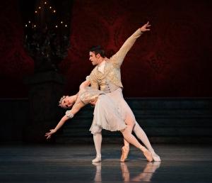 Dancers from Cincinnati Ballet