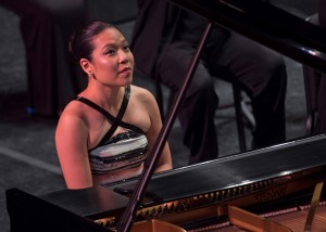 Joyce Yang, pianist. Photo by Philip Groshong for Cincinnati Chamber Orchestra